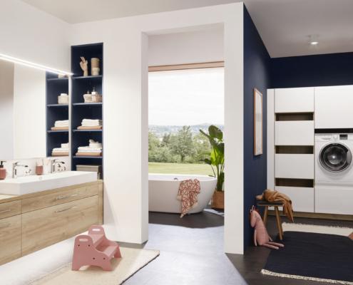 Bild: Badezimmer mit integrierter Hauswirtschaftsecke